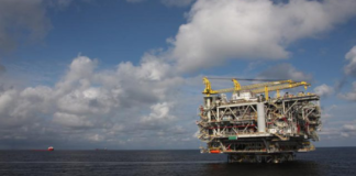 search underway for missing oil workers